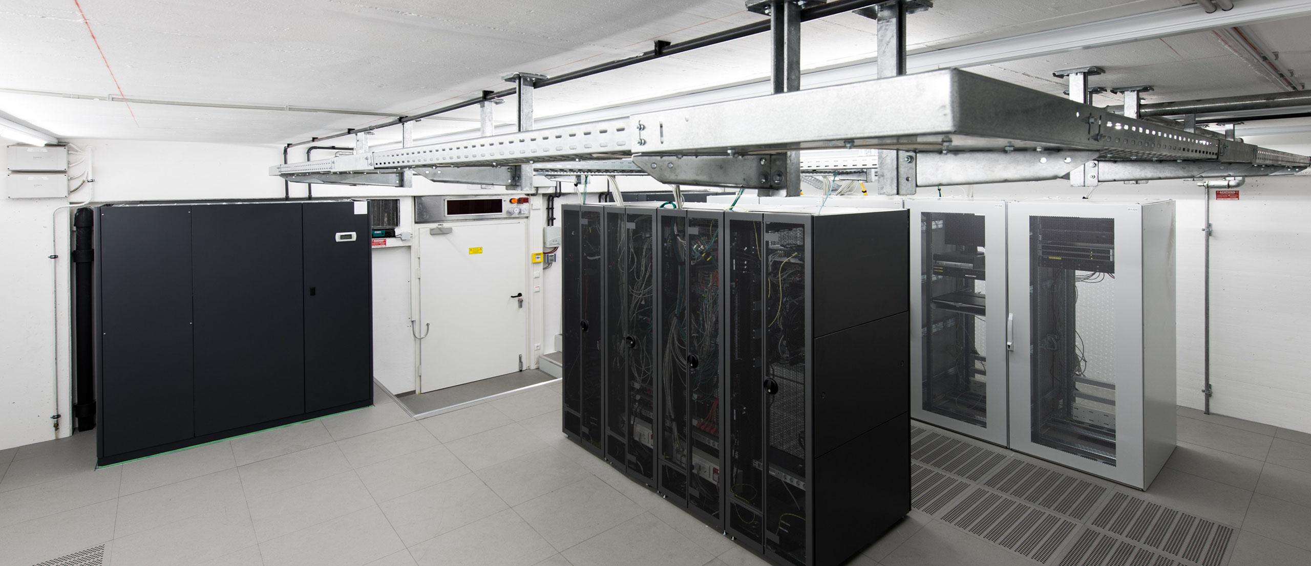 Serverraum - Elmoba Kabelverlegung GmbH in Marl und Chur